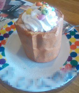 ブロンコビリーのキッズクラブ特典 バースデーケーキ